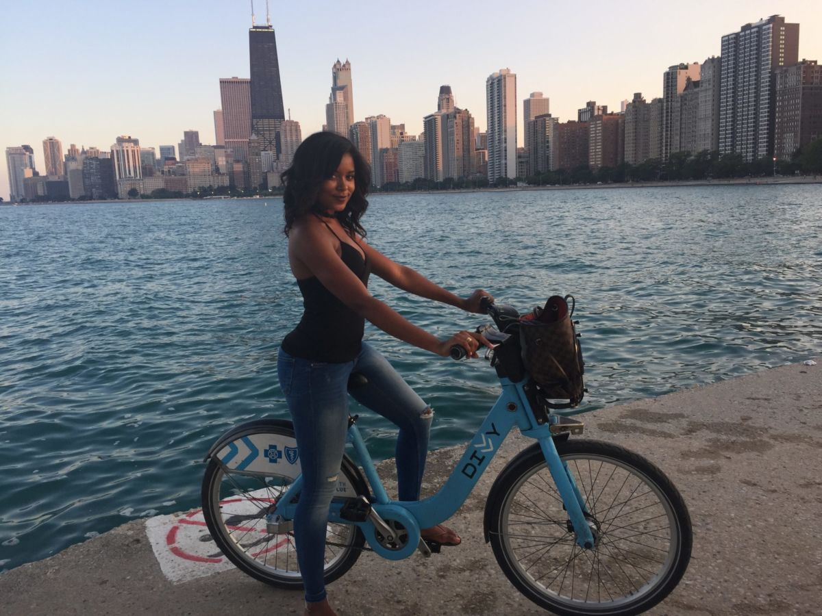 Chicago Lakefront trail // Shades of Pinck
