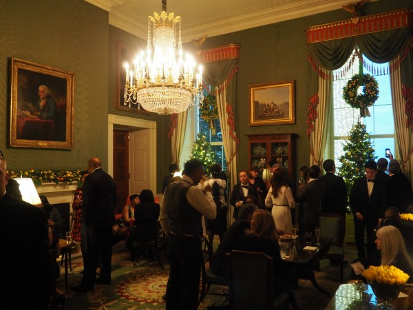 White house Christmas holiday party // Shades of pinck